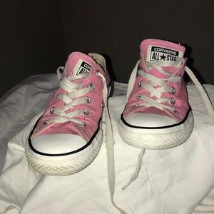 Converse, Girl/sz 1,pink,worn but good condition